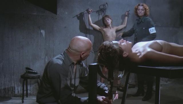 пытки женщин в фильмах