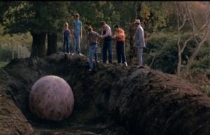 Кадр из «Проклятие» (1987)