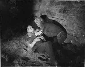"""""""Дом Дракулы"""" (1945)"""