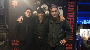 """На фото Андреа Марфори (в центре) с режиссерами Марчелло Росси и Лука Руокко на премьере """"Квеста страха"""""""