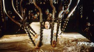 Призрак дома на холме (1999) - кадр 3