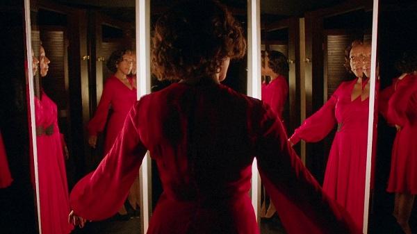 Маленькое красное платье - кадр 3