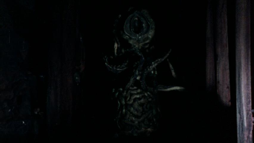 Странность - кадр 3